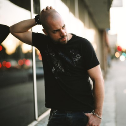 Chris Daughtry download Mp3 songs and listen to music online for